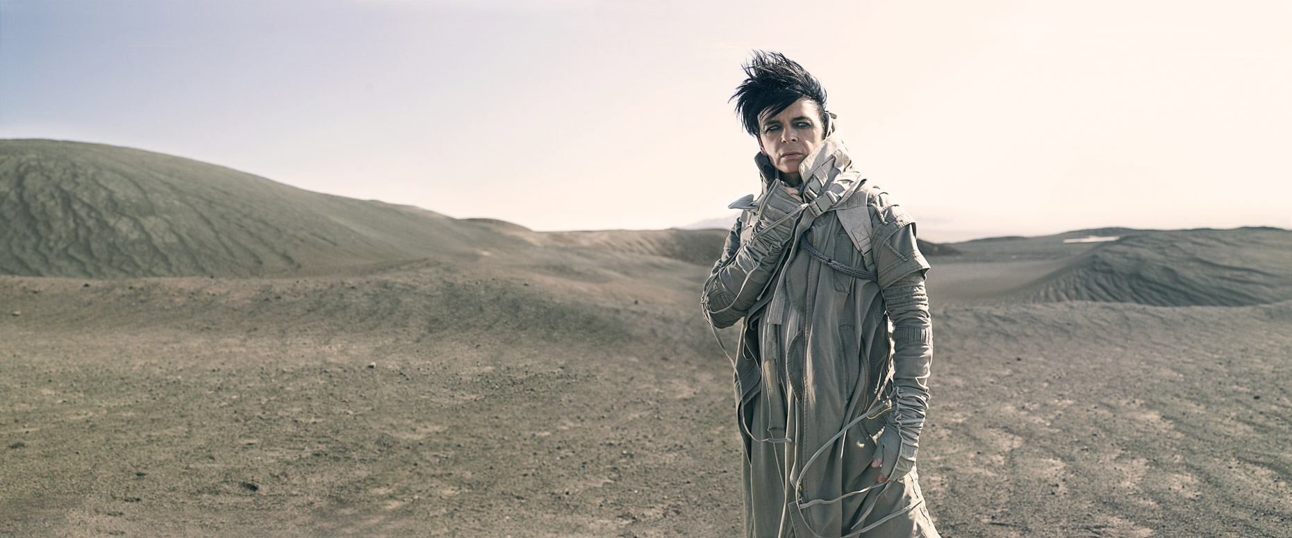 04-GARYNUMAN-Location119652-V2-FINAL-light